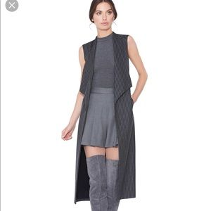 NWT Alice + Olivia Keaton long grey stripe vest M